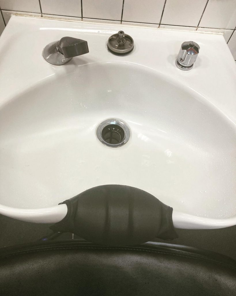 美容室のシャンプー台水栓の修繕編🚰